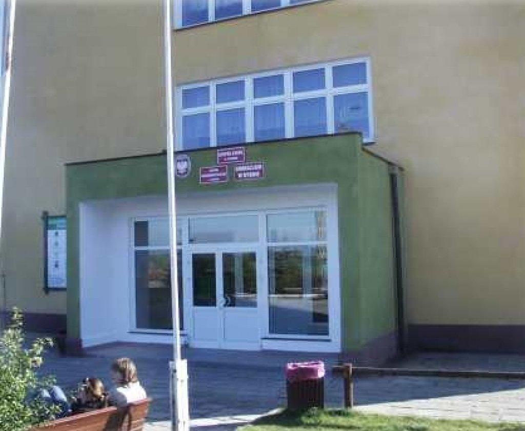 Zespół Szkół w Rybnie
