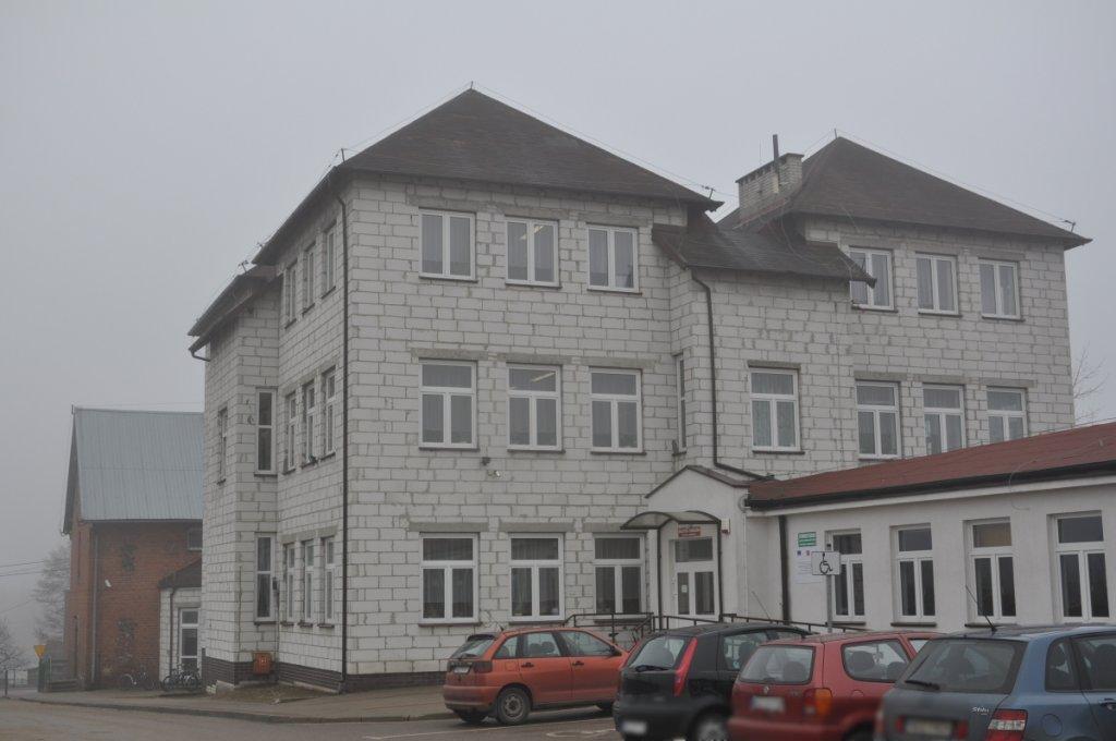 Przetarg na elewację Szkoły Podstawowej w Rybnie