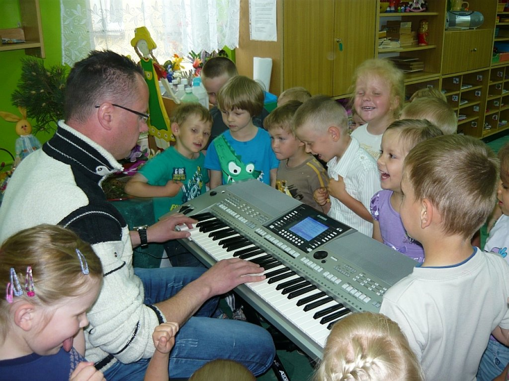 Zajęcia rytmiczne przedszkolaków