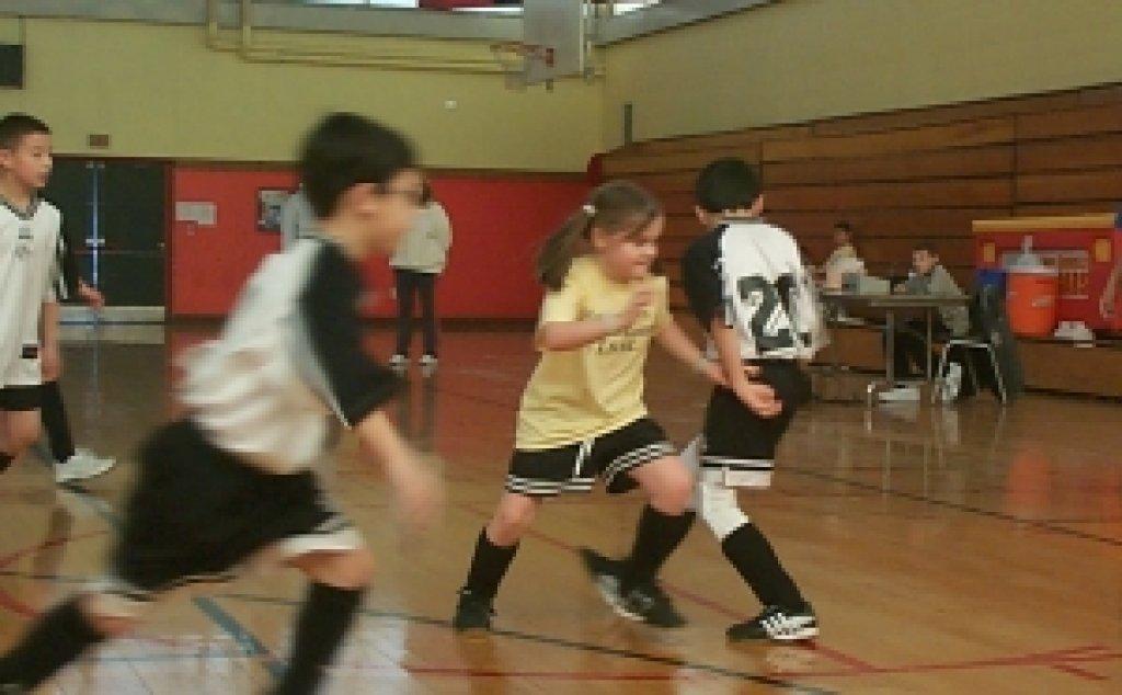 Turniej piłki nożnej chłopców i dziewcząt
