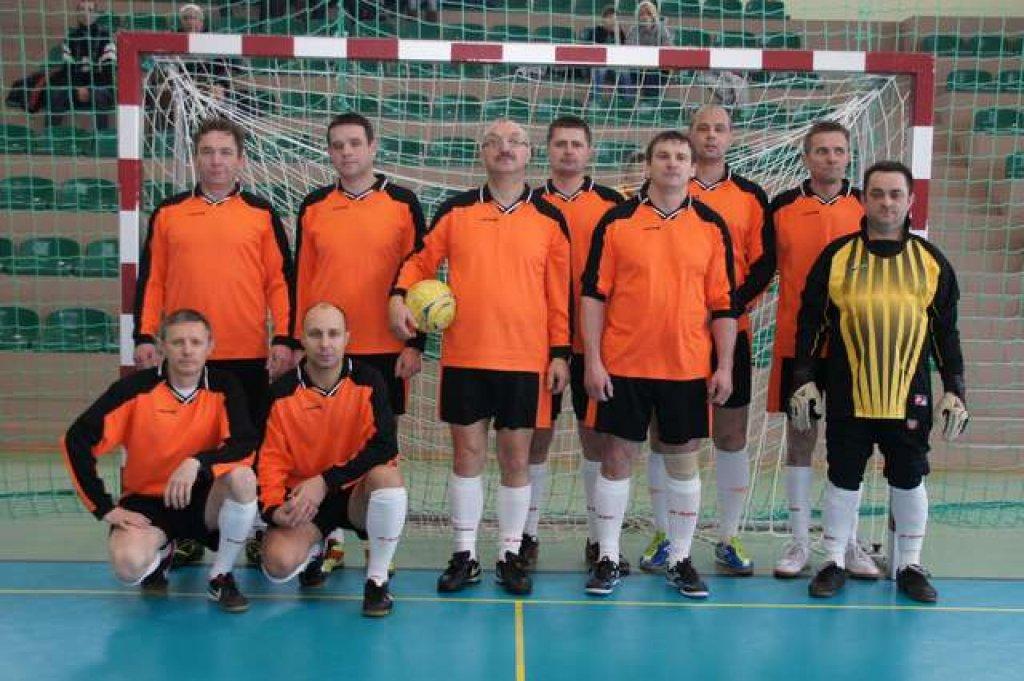 Samorządowcy wygrali w turnieju piłki halowej