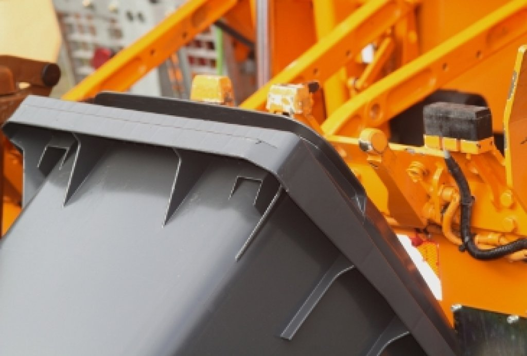 Wypowiadanie umów na odbiór odpadów komunalnych