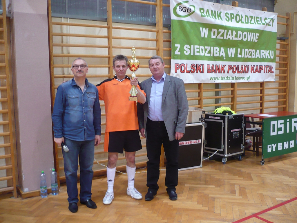 Samorządowy Turniej Piłki Nożnej wygrała drużyna z Rybna