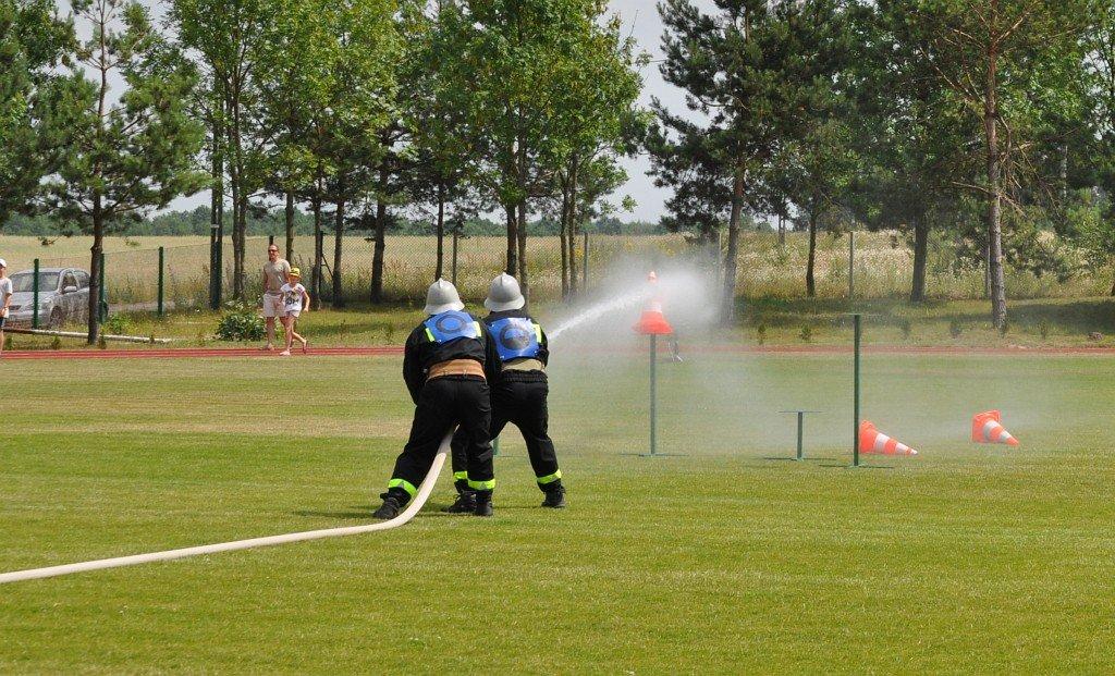 Gminne zawody sportowo-pożarnicze w Rybnie