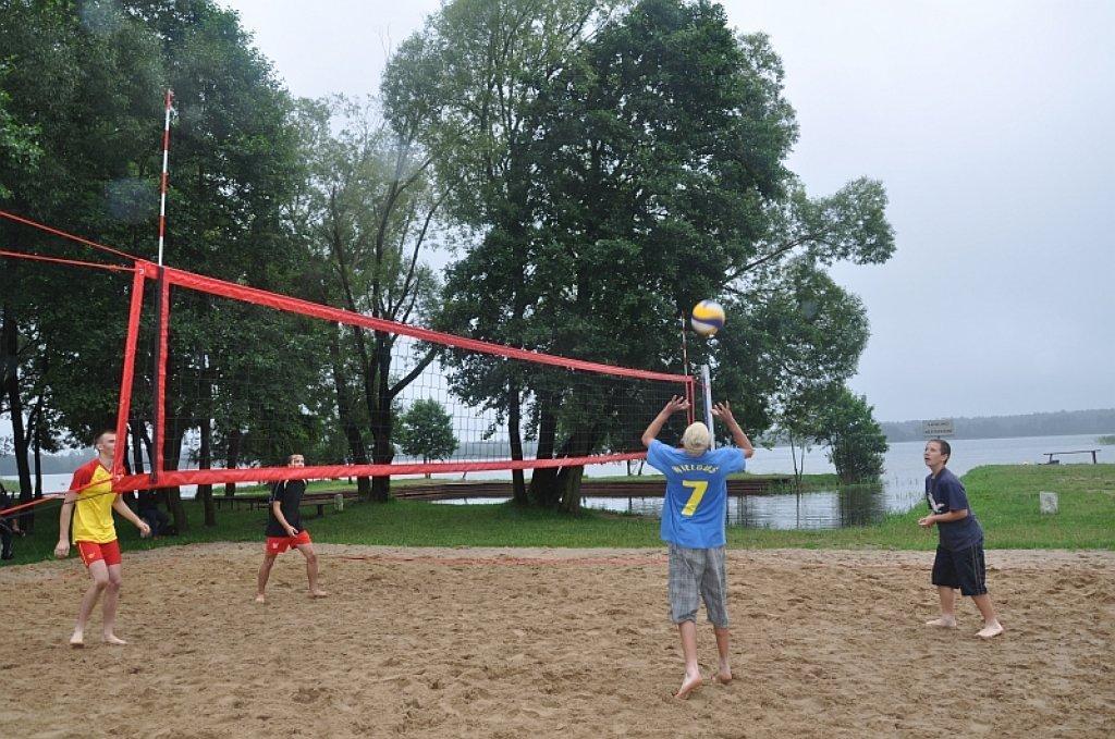 Turniej siatkówki plażowej