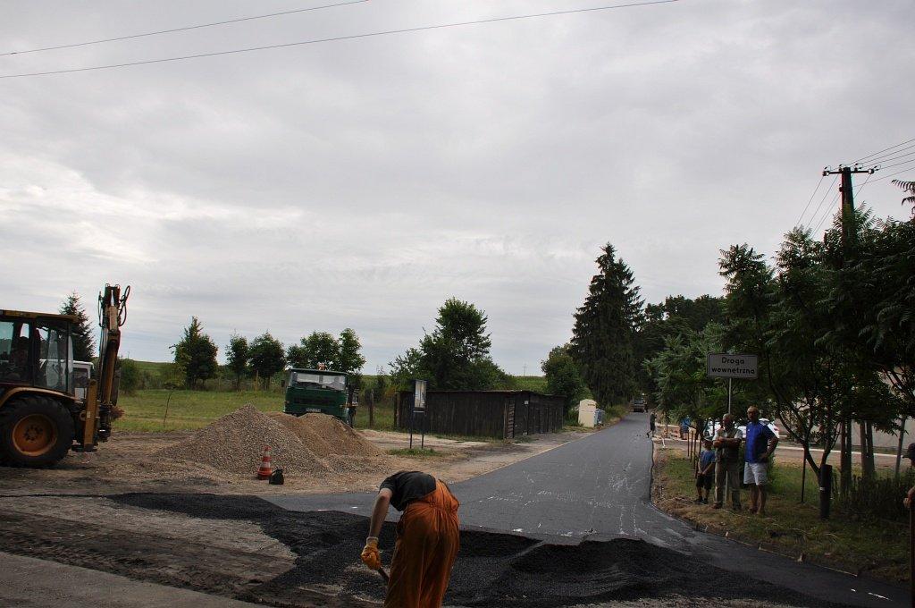 Inwestycja drogowa w Tuczkach i Szczuplinach dobiega końca