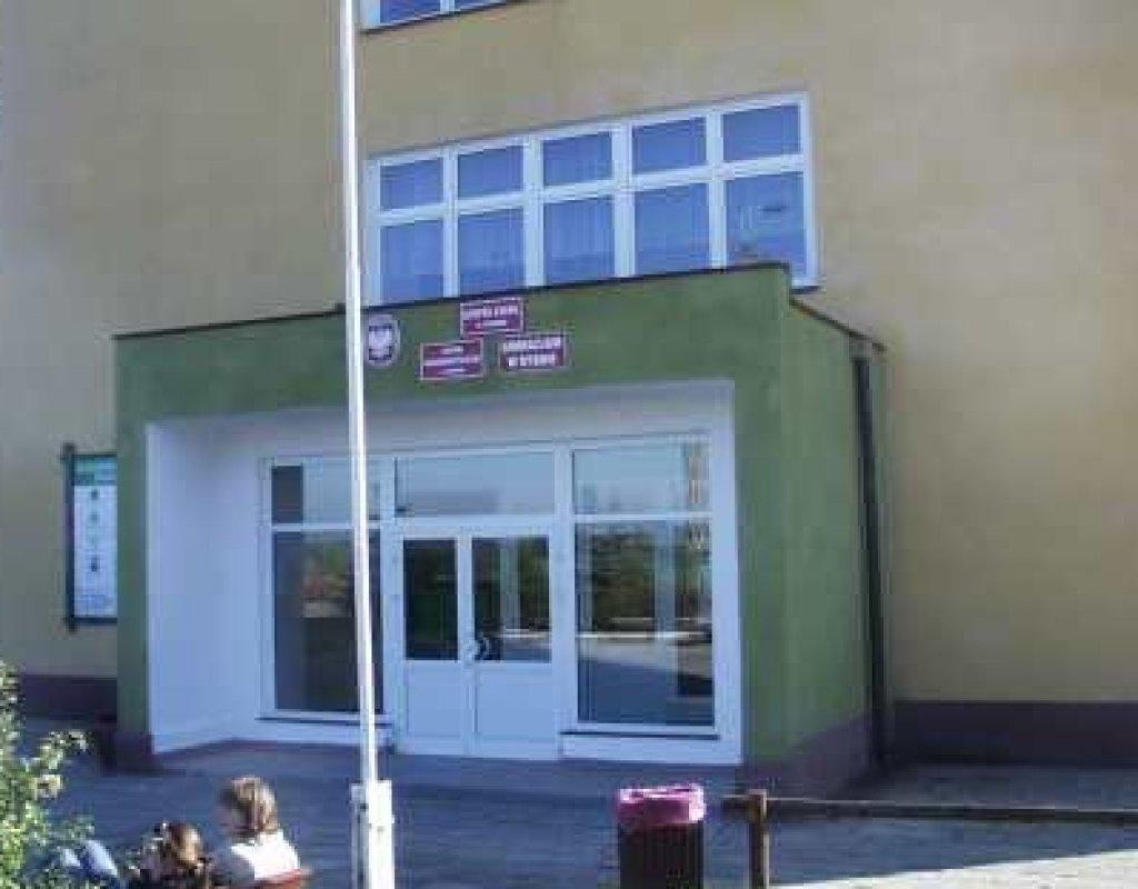 Ogłoszenie Dyrektora Zespołu Szkół w Rybnie