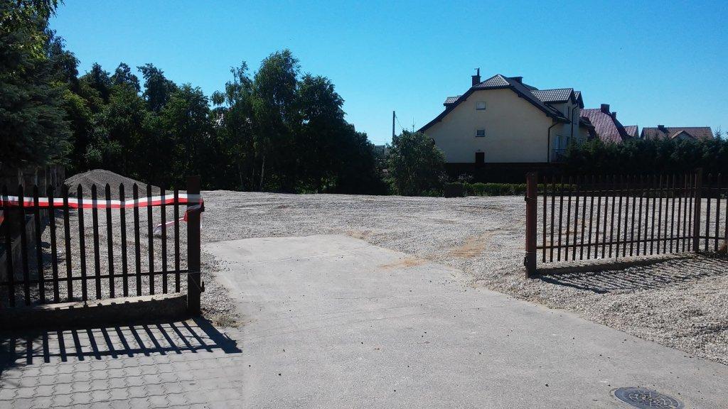 Remont parkingu przy kościele w Rybnie
