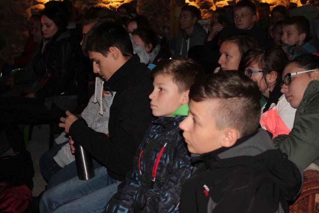 Uczniowie ze szkoły w Jeglii na 'Nocy Zaćmienia'