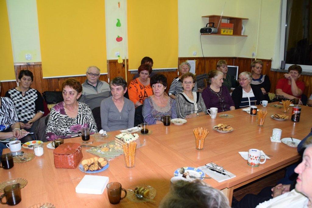 Danuta Zdunek zaprasza na spotkanie seniorów
