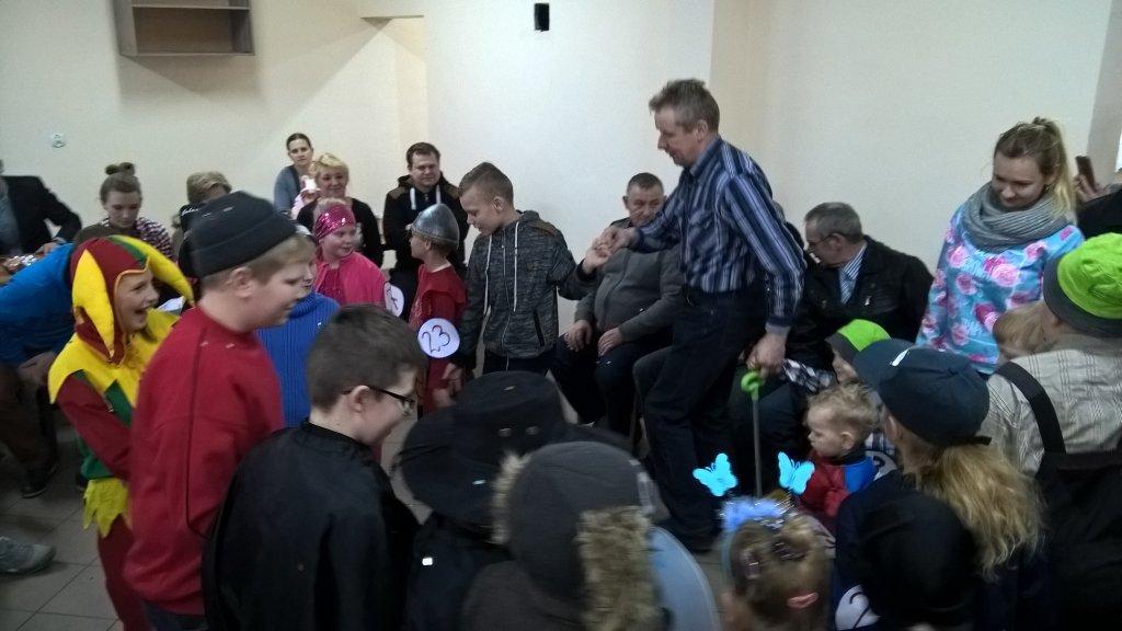 Karnawałowy bal przebierańców w Truszczynach