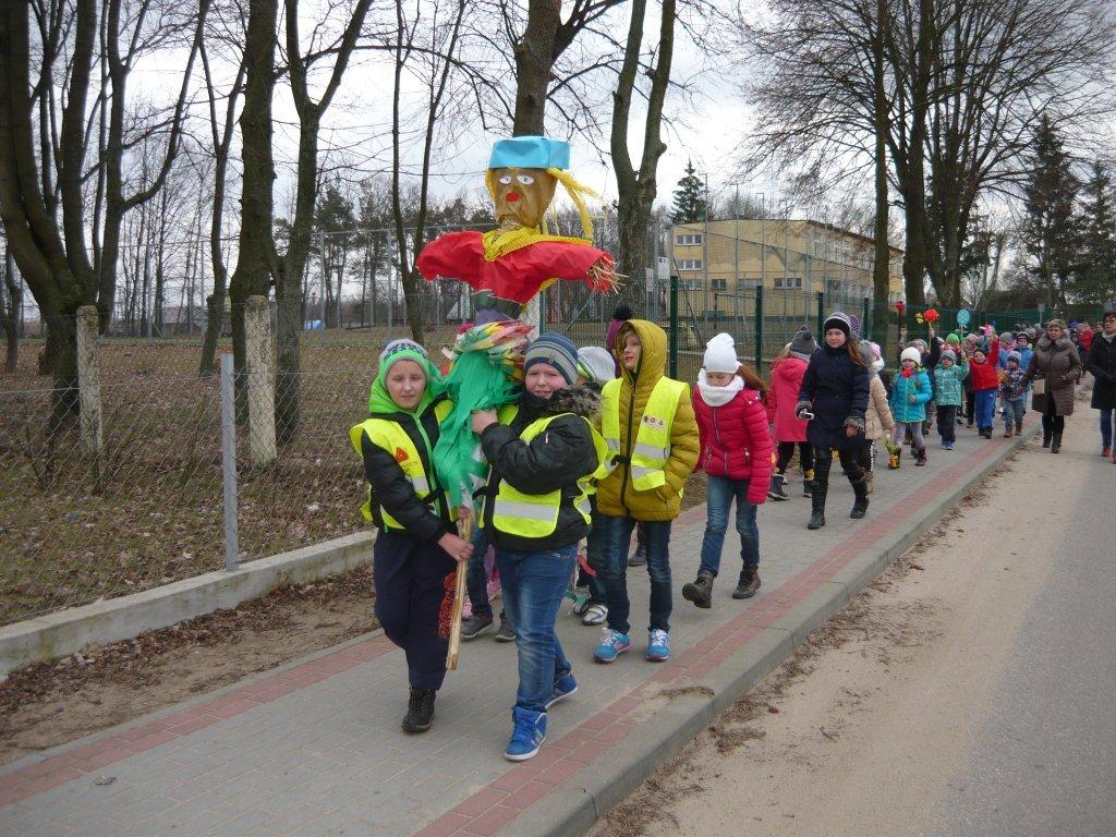 Powitanie Wiosny - Dzień Samorządności w SP w Koszelewach