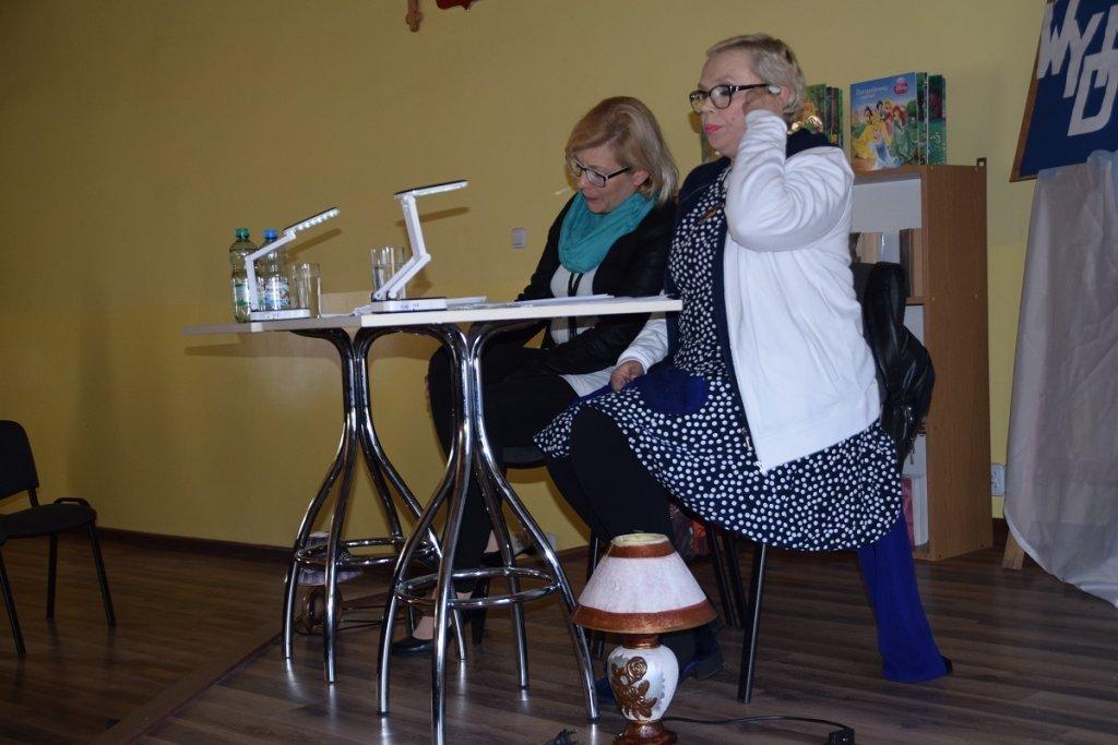 'Wydmuszka' – czyli Teatr przy stoliku