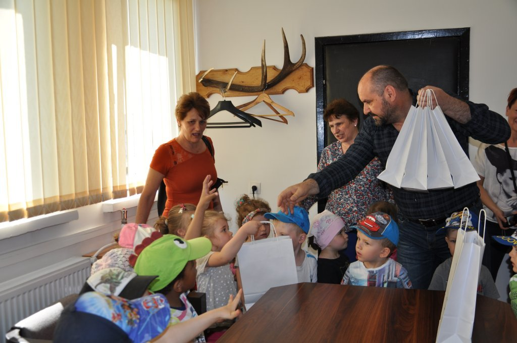 Przedszkolaki odwiedziły Urząd Gminy Rybno