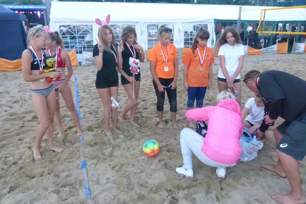Turniej piłki siatkowej  plażowej kobiet