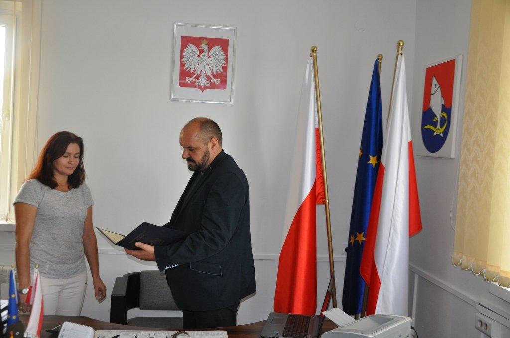 Informacja o konkursie na stanowisko Dyrektora Zespołu Szkół w Rybnie