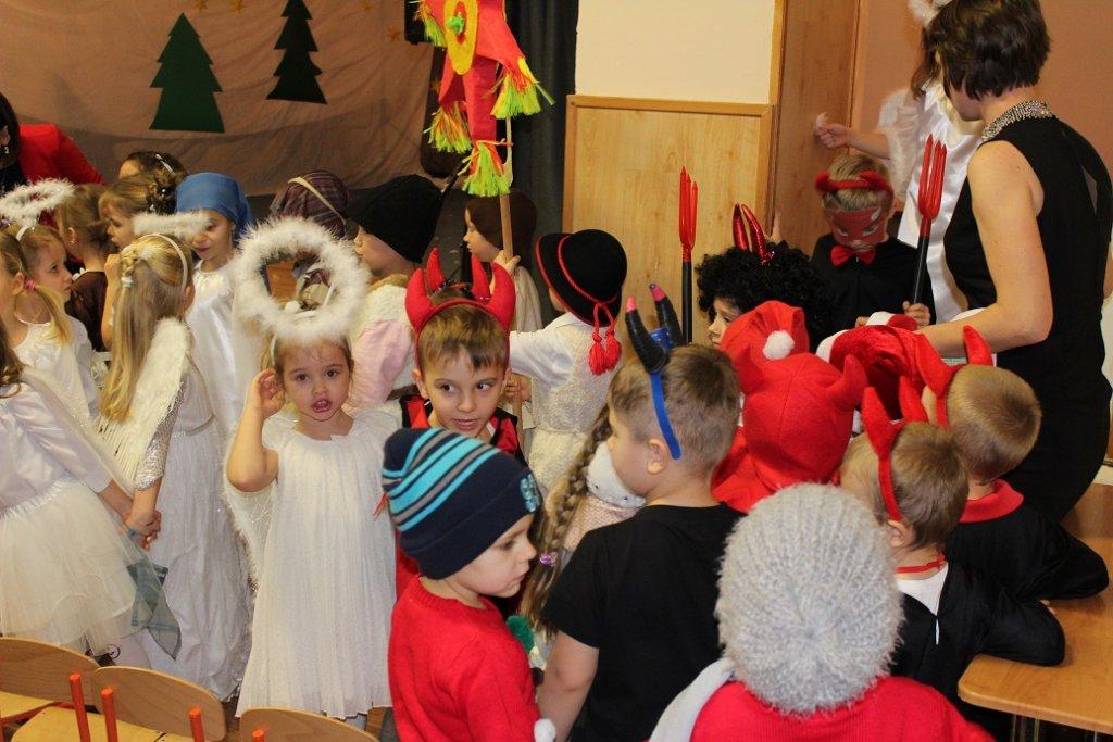 Jasełka Bożonarodzeniowe w wykonaniu przedszkolaków