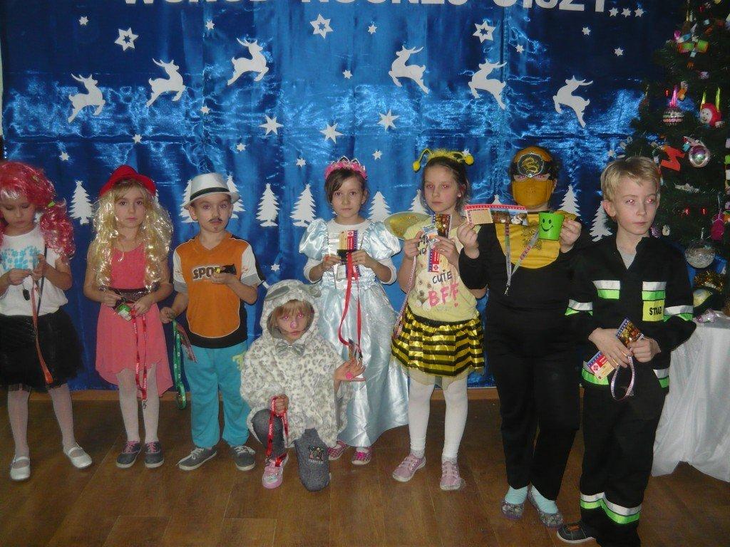 Zabawa karnawałowa w Szkole Podstawowej w Koszelewach
