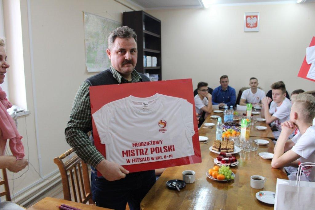 Mistrzowie Polski odwiedzili Urząd Gminy