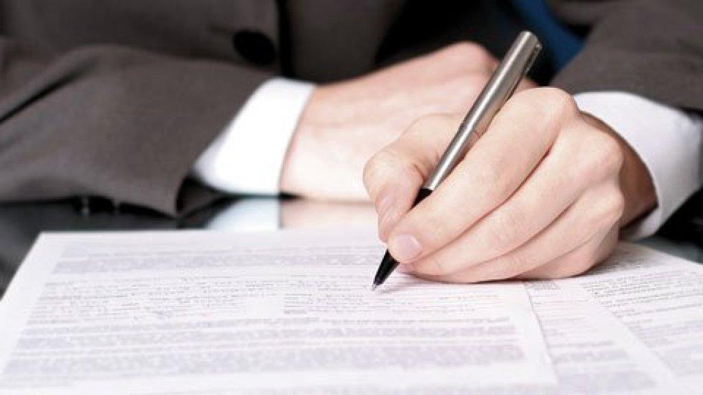 Podpisanie umowy na przebudowę drogi w Tuczkach