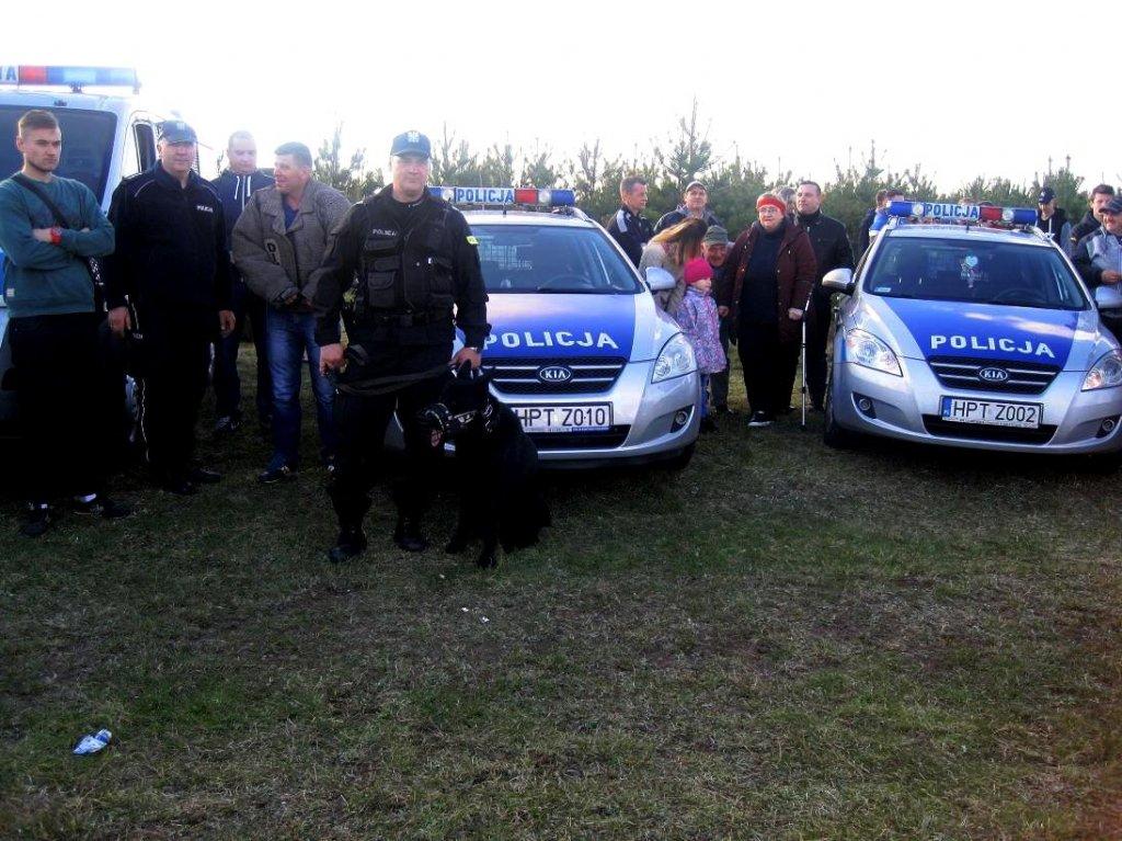 Piknik na ludową nutę – z pokazem tresury psa policyjnego