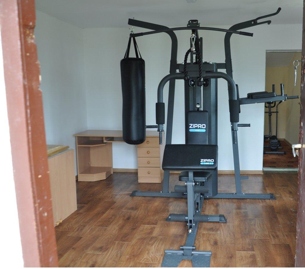 Zakup sprzętu siłowni wewnętrznych