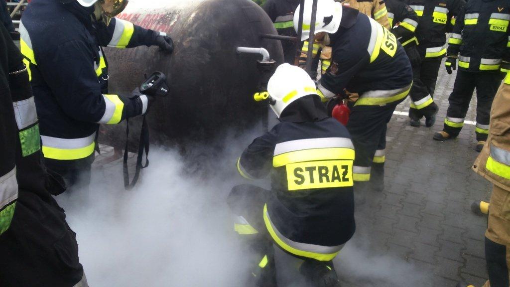 Strażacy ćwiczyli gaszenie pożarów gazu