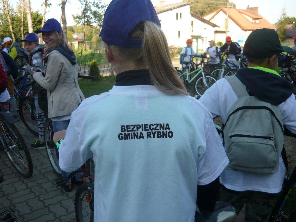 Rajd rowerowy w ramach projektu 'Bezpieczna Gmina Rybno'