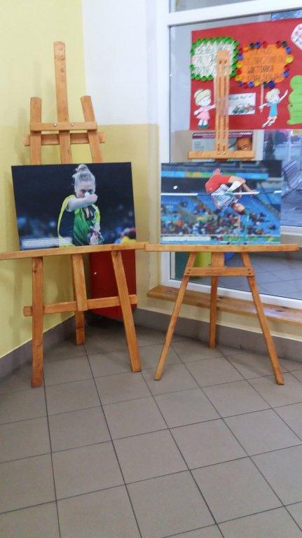 Wystawa fotograficzna Igrzysk Paraolimpijskich w Zespole Szkół