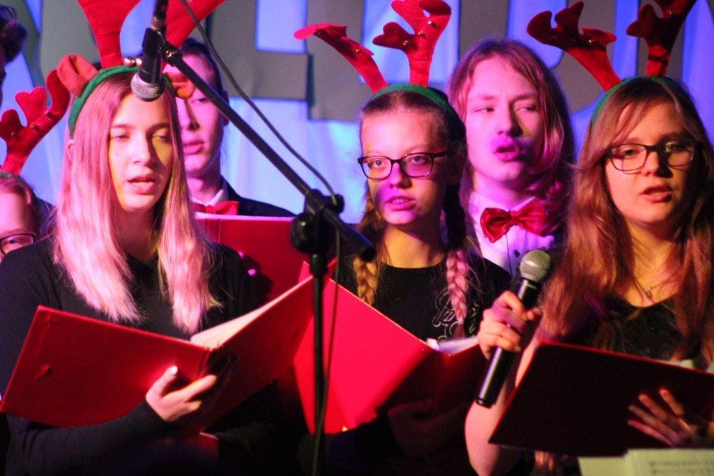 Świąteczny Koncert 'Kolędnicy' w Centrum Kultury