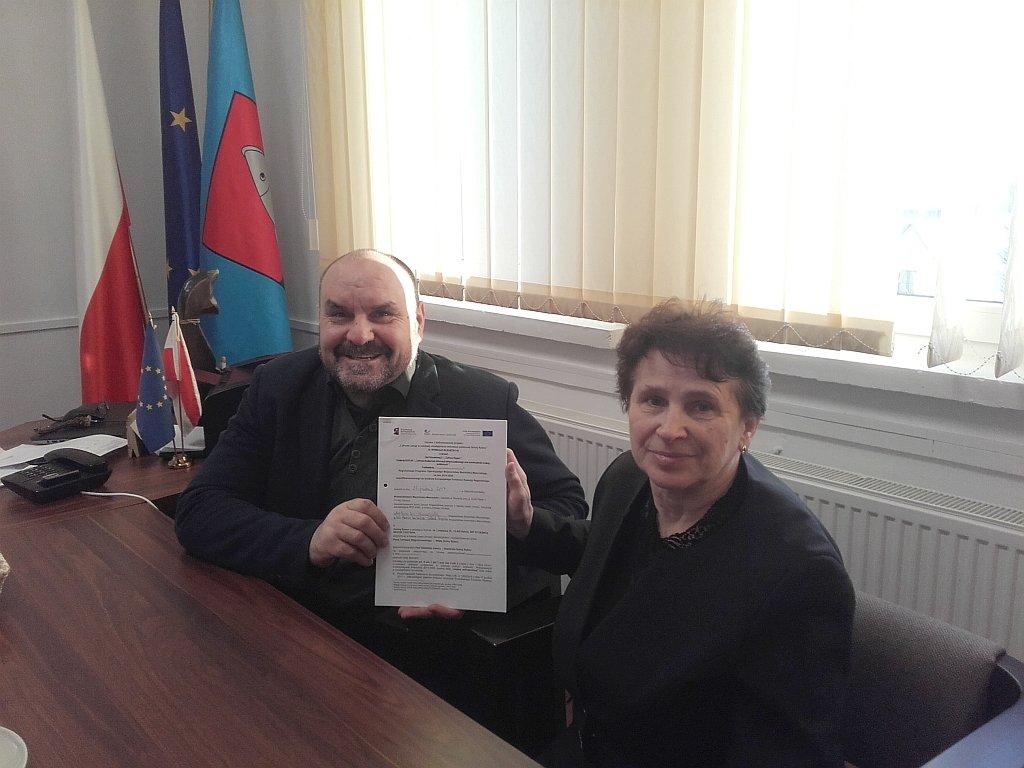 Podpisanie umowy na informatyzację