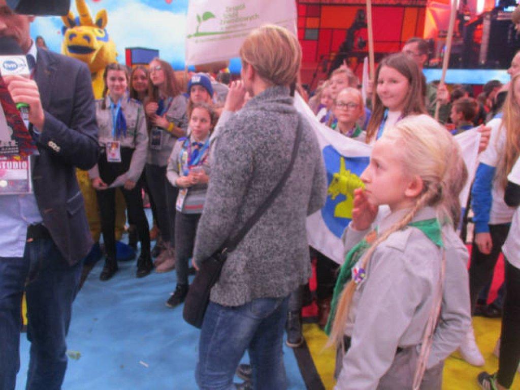 Uczniowie Szkoły Podstawowej w Rybnie kwestowali z WOŚP w Warszawie