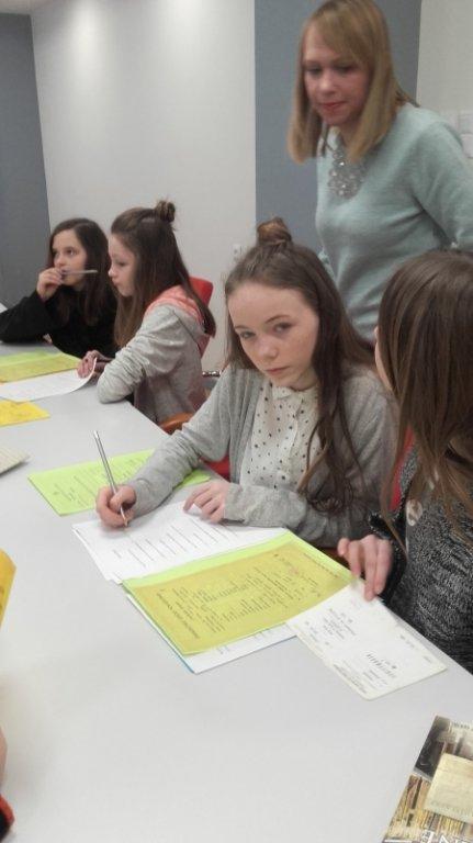 Uczniowie z Rumiana odwiedzili Archiwum Państwowe