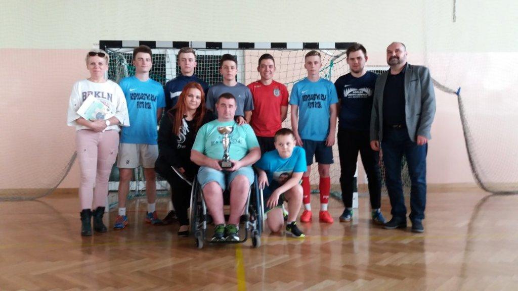 16 drużyn zagrało dla Mariusza