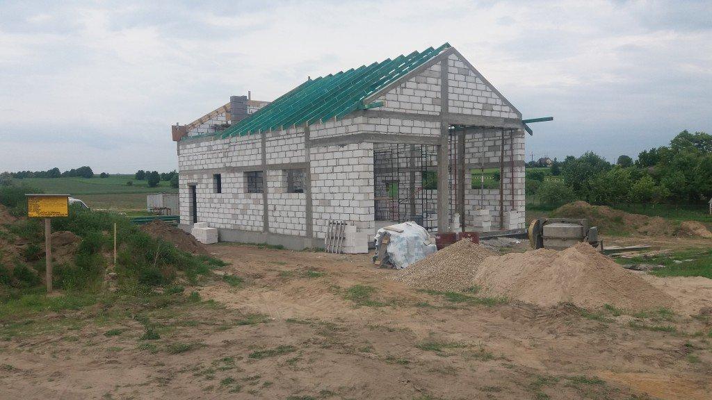 Trwa budowa nowej remizy strażackiej w Hartowcu