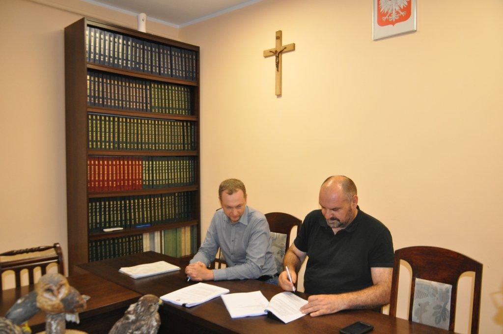 Podpisano umowy na przebudowę szkół