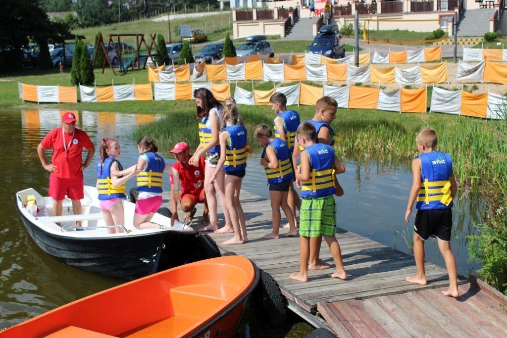 Korzystanie z wodnego placu zabaw podczas Dni Rybna 2018