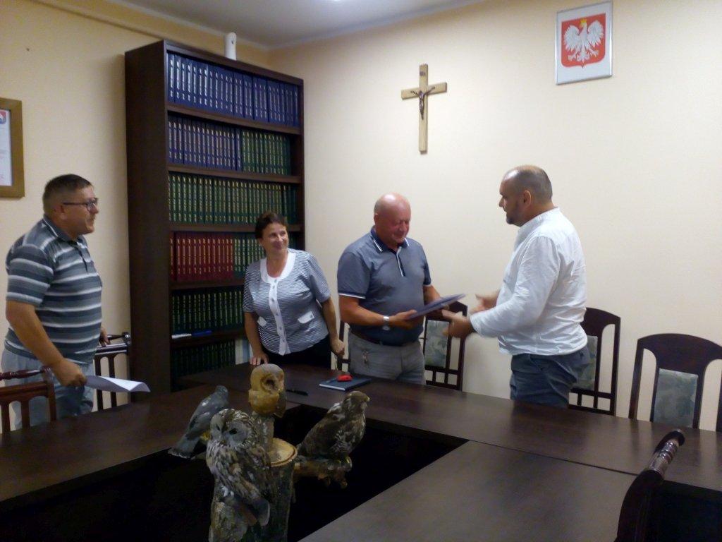 Podpisanie umowy na przebudowę ulicy Strumykowej