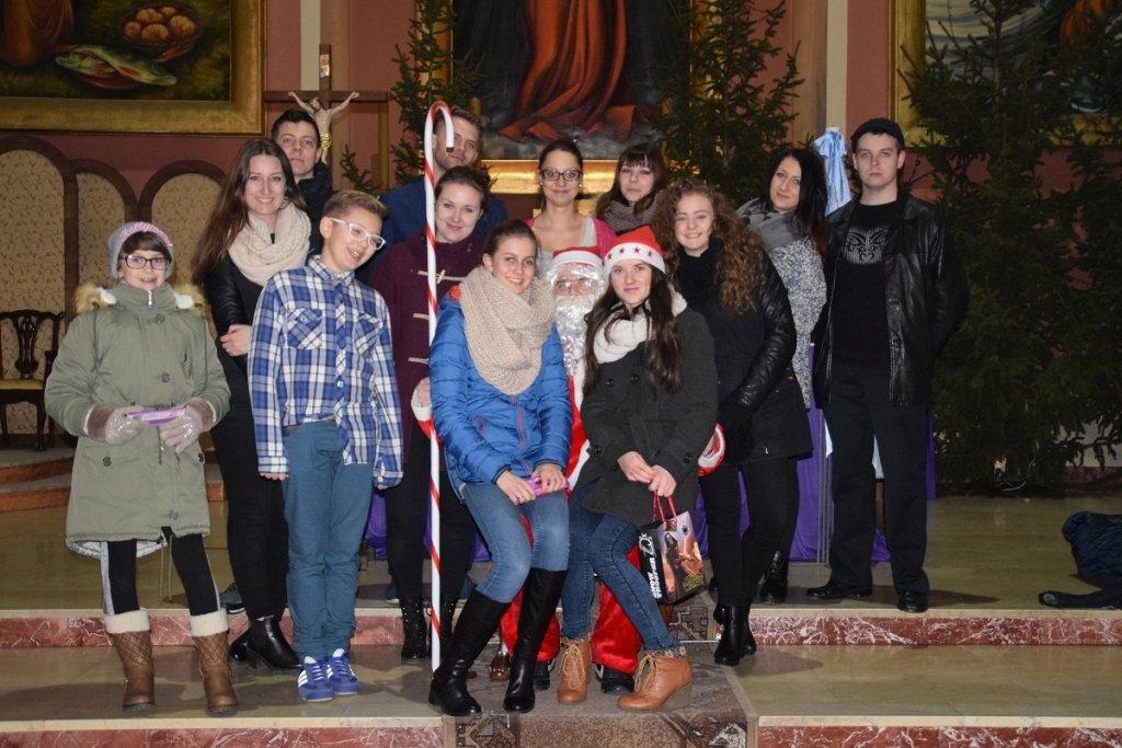 Dzień Świętego Mikołaja – grupa 'W Rękach Młodych'