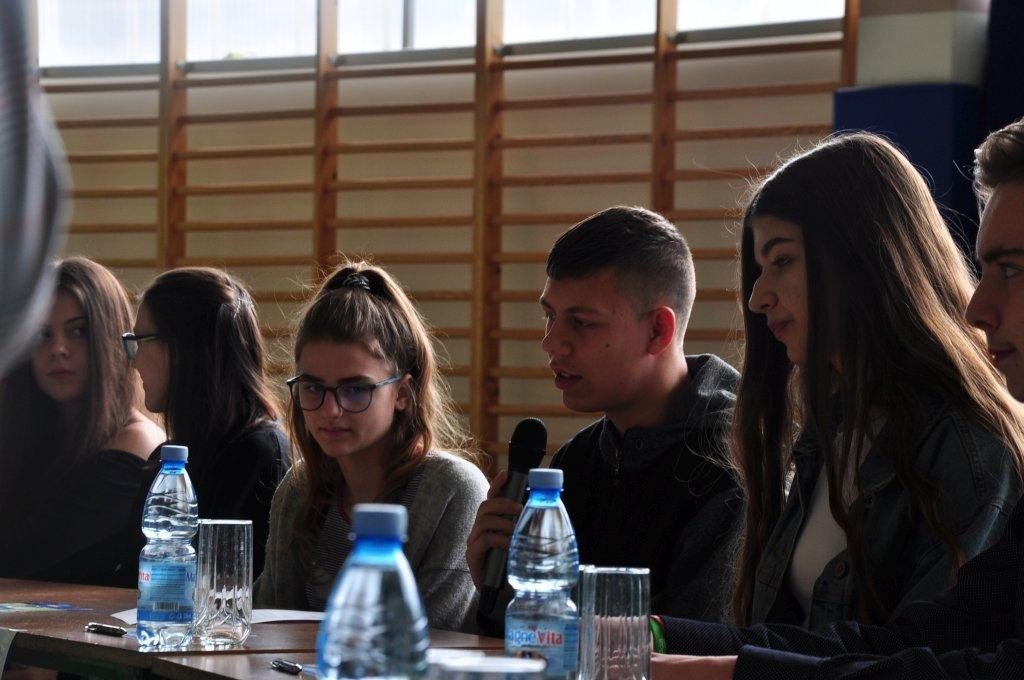 Zespół Szkół: Debata 2019
