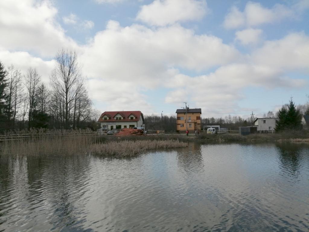 Ruszyła budowa ścieżki edukacyjnej wokół jeziora w Rybnie